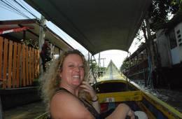 foto longboat Thailand, op weg naar Damnoen Saduak