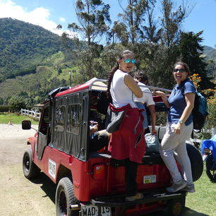 Colombia-Cocora-Vallei-jeep_1_480884