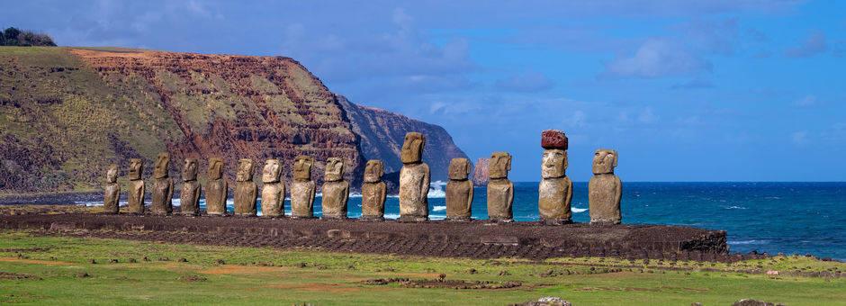 Chili-Paaseiland-Moai1