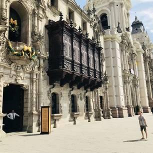 Koloniale-gebouwen-van-de-hoofdstad-Lima(10)