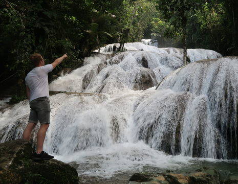 Sulawesi-Tentena-Waterval