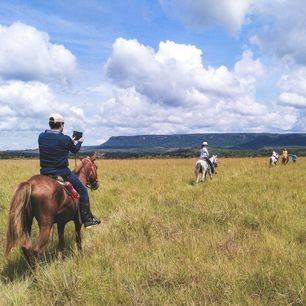 Colombia-Cano-Cristales-paardrijden