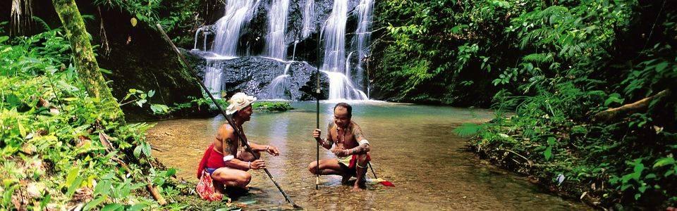 Een bijzondere ervaring: op bezoek bij de Iban-stam in Borneo