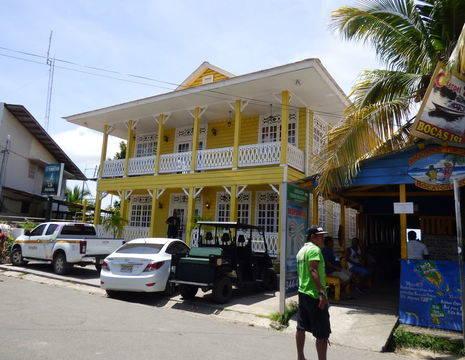 Panama-Bocas-del-Toro2(2)