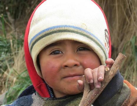 Ecuador-mensen-locaal-kindje