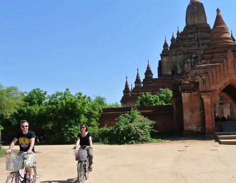 Myanmar-Bagan-fietsen(8)