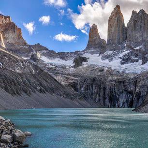 Chili-Torres-del-Paine-RIvier-Bergmassief_1_431826