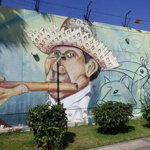 Schilderingen-op-de-muren-Santa-Cruz-Bolivia