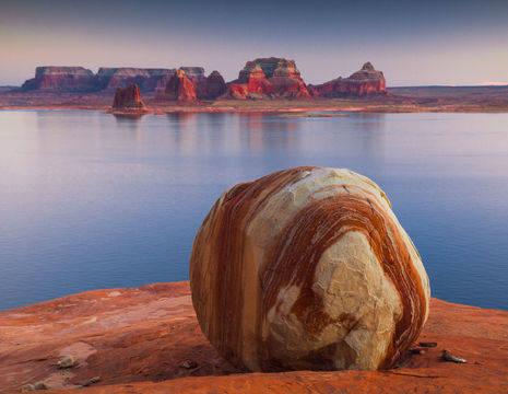 Verenigde-Staten-Page-Lake-Powel-rots