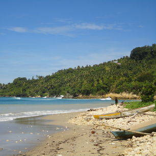 Sumba-Waikabubak-Lamboyastreek-strand(2)