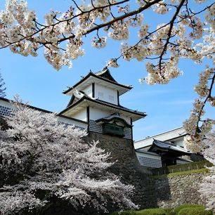 Japan-Kanazawa-Castle-1