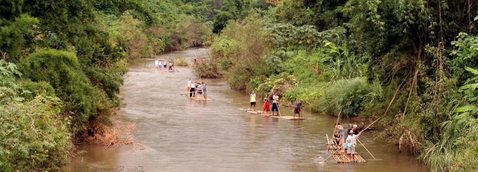 Thailand-Chiangmai-bamboo-rafts(2)