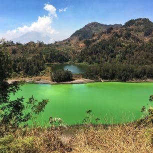 Indonesie-Dieng-Plateau-uitzicht-op-meer