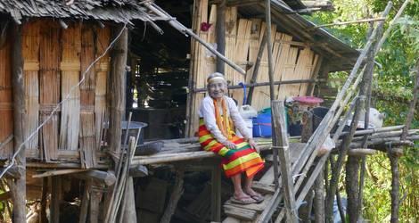 Myanmar-Chin-tattoo