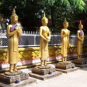 Laos-LuangPrabang-buddhabeelden3_1