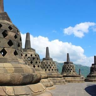Java-Borobudur-Stoepa01