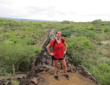 Medewerkster Eva op Isabela Island, Galapagos
