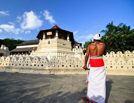 Sri-Lanka-Kandy-tempel2