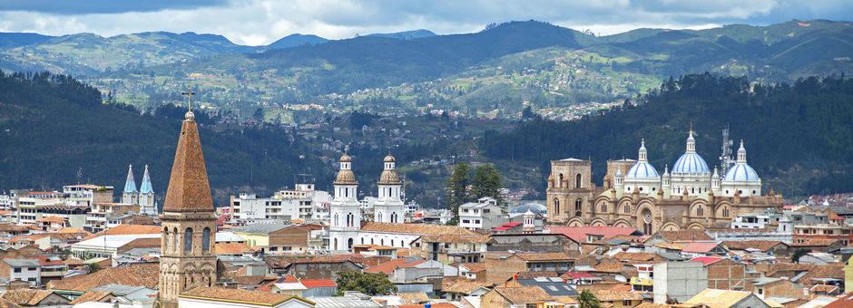 Ecuador-Cuenca-uitzicht-stad