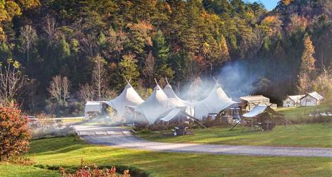 Under-Canvas-Glamping