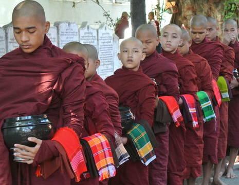 Myanmar-Mandalay-Amarapura1(8)