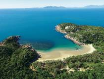 Magnetic Island Boot & Bus