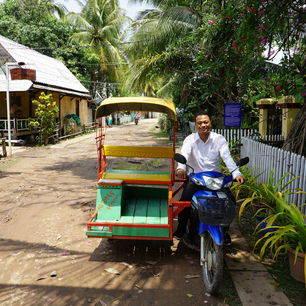 Don-Khone-Tuktuk