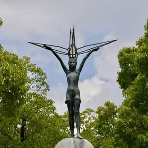 Standbeeld-in-Hiroshima(10)