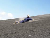 Sandboarding op de vulkaan