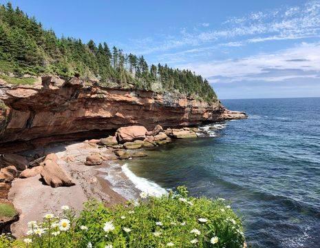Canada-Perce-Bonaventure-Island_1_504860