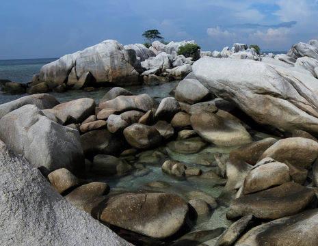 Sumatra-Belitung-Rotsen1