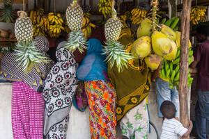 Tanzania-Zanzibar-Stonetown-fruitmarkt