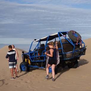 Sandbuggy-en-sandboarden-in-de-zandduinen(10)