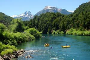 Chili-Patagonie-kanoen-op-de-rivier
