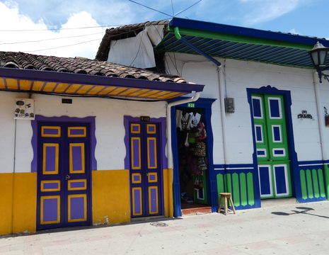 Colombia-Salento-gekleurde-huizen