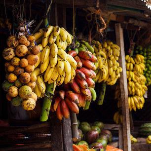 Tanzania-Zanzibar-Stonetown-6-fruitmarkt
