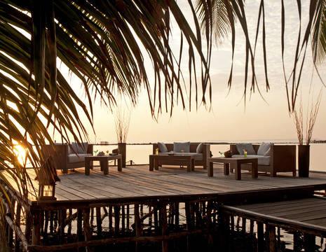 39-Sunset Loung at Kura Kura Resort