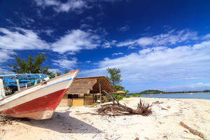Indonesie-Lombok-Gili Meno-bootje-strand shutterstock_150173756