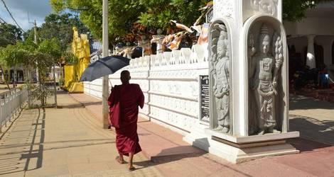 Sri-Lanka-Galle-boeddhisme2