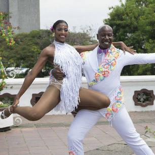 Salsa dansers in Cali