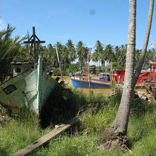 Maleisië-West-Maleisië-Fishing boats near Kota Bharu_1