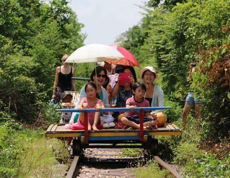 Bamboetrein in Battambang