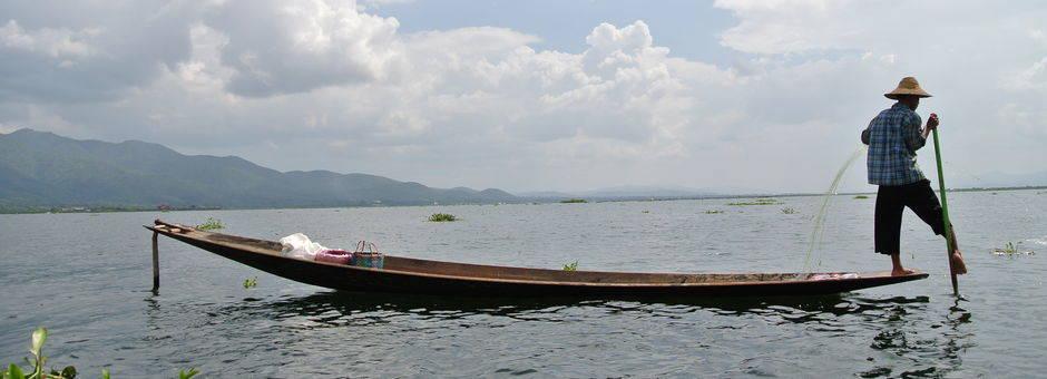 Myanmar-Inle Lake-beenroeier3(13)