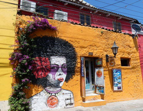 Colombia-Cartagena-kleurrijke-huizen