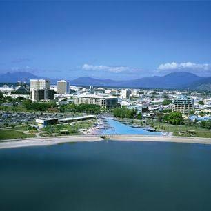 Australie-Cairns-uitzicht-stad