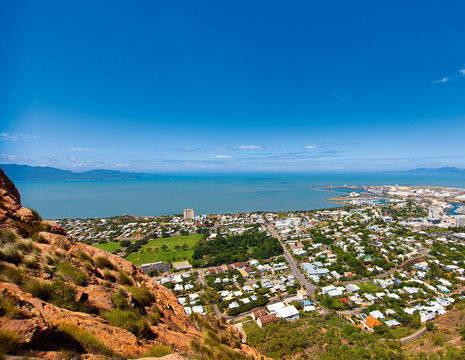 Australie-Townsville-Castle Hill _1_560119