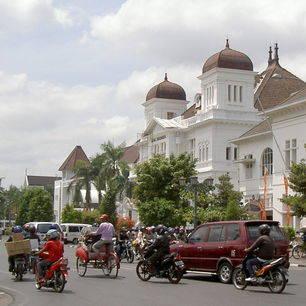 Indonesie-Java-Bandung-straat
