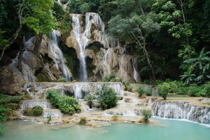 De prachtige Kuang Si watervallen!