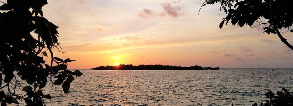 Colombia-Islas-de-Rosario-Coralina-Island