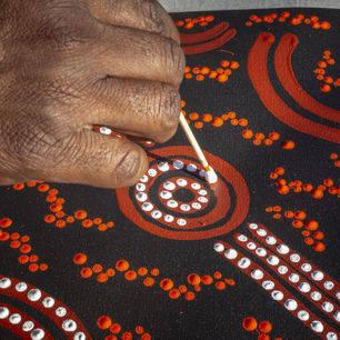 Australie-Uluru-Aboriginal-kunst-3_1_559684